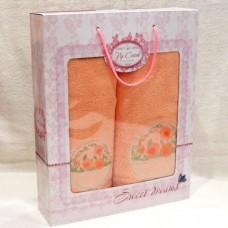 """Набор махровых полотенец в подарочной коробке """"Жемчуг"""" цвет персик"""